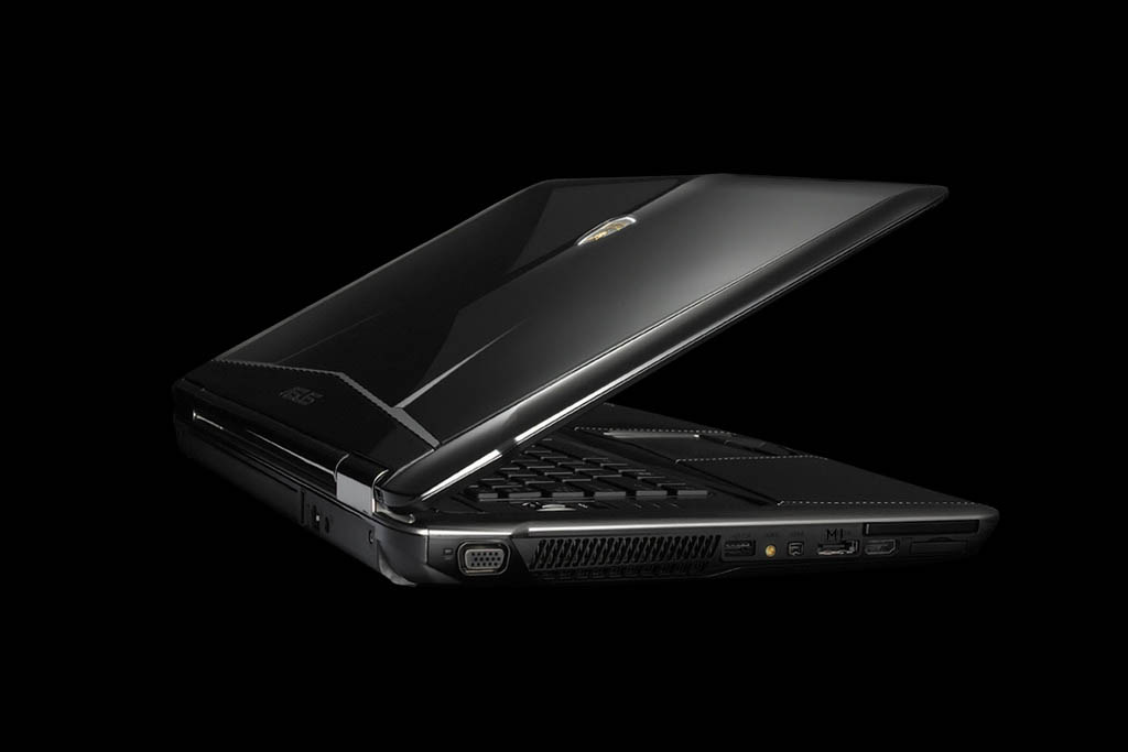 Laptop MJ Asus Lamborghini Golden Leather. Carbon Case Decorate Exotic Genuine Leather - Pure Gold Logotype. Shark Skin. 1tb SSD, Extreme Performance Quad Core i7.