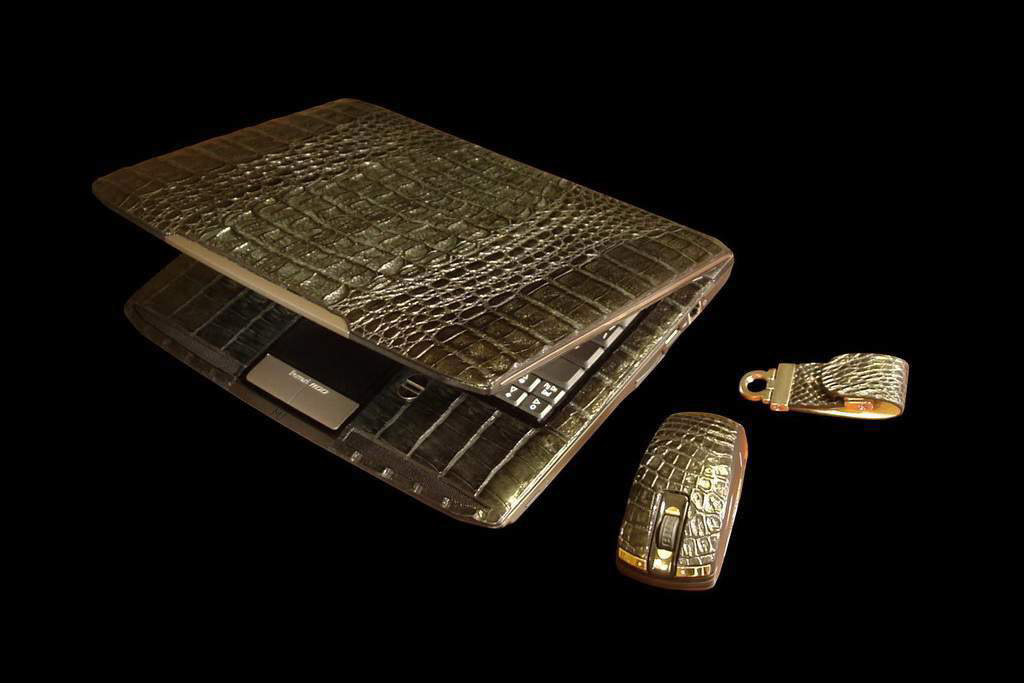 Laptop MJ Ferrari Gold Diamond 777 Leather Limited Edition - Crocodile Skin (Notebook, Mouse, USB Flash Drive)