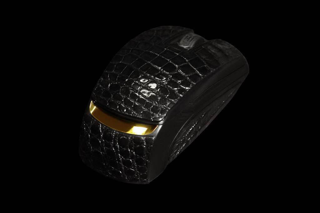 VIP Mouse Ferrari MJ Gold Diamond Crocodile Limited Edition - Inlaid Brilliants, Gold & Alligator