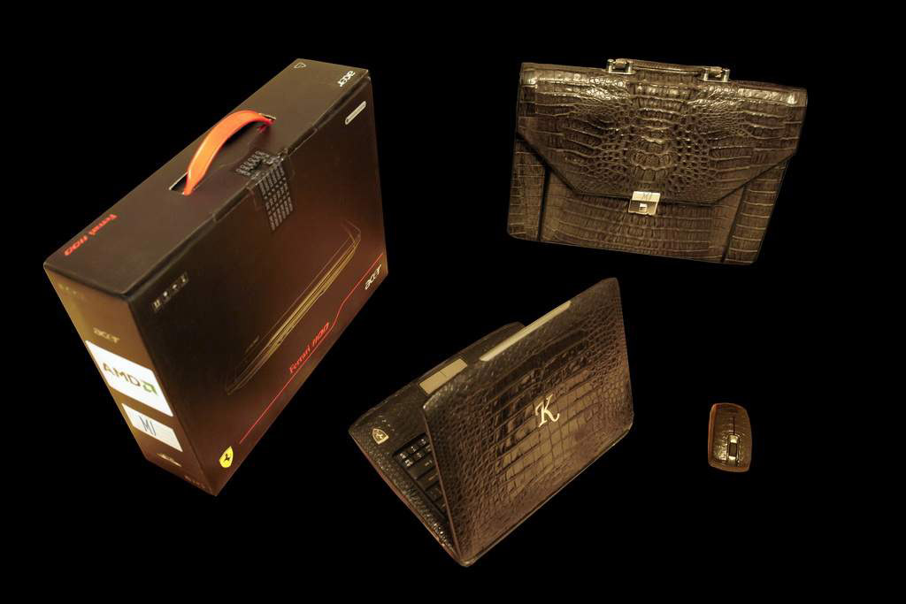 VIP Laptop MJ Palladium Crocodile Leather Limited Edition - Crocodile & Python Skin (Notebook, Mouse, Bag & Box)